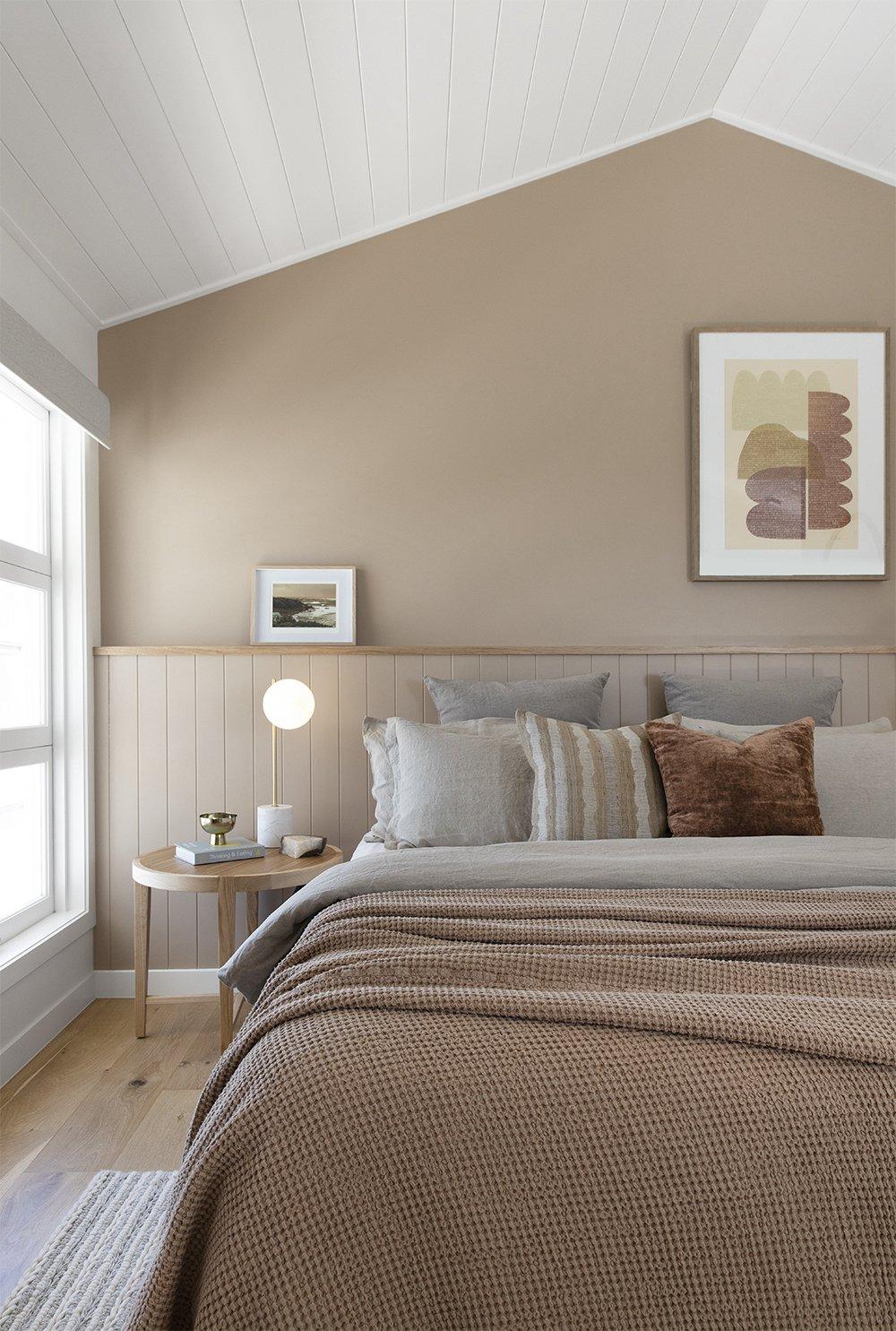 Burleigh heads accommodation master bedroom