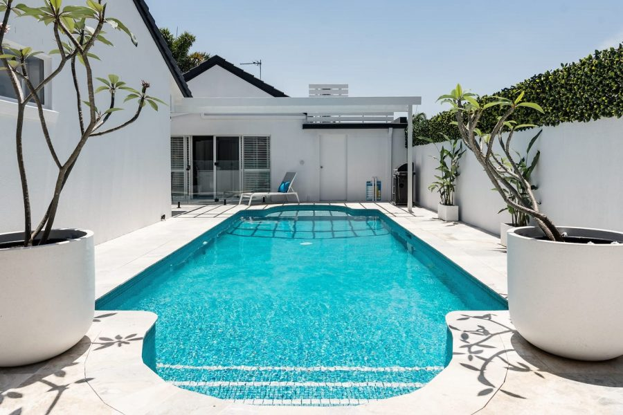 Mermaid waters accommodation guesthouse pool area